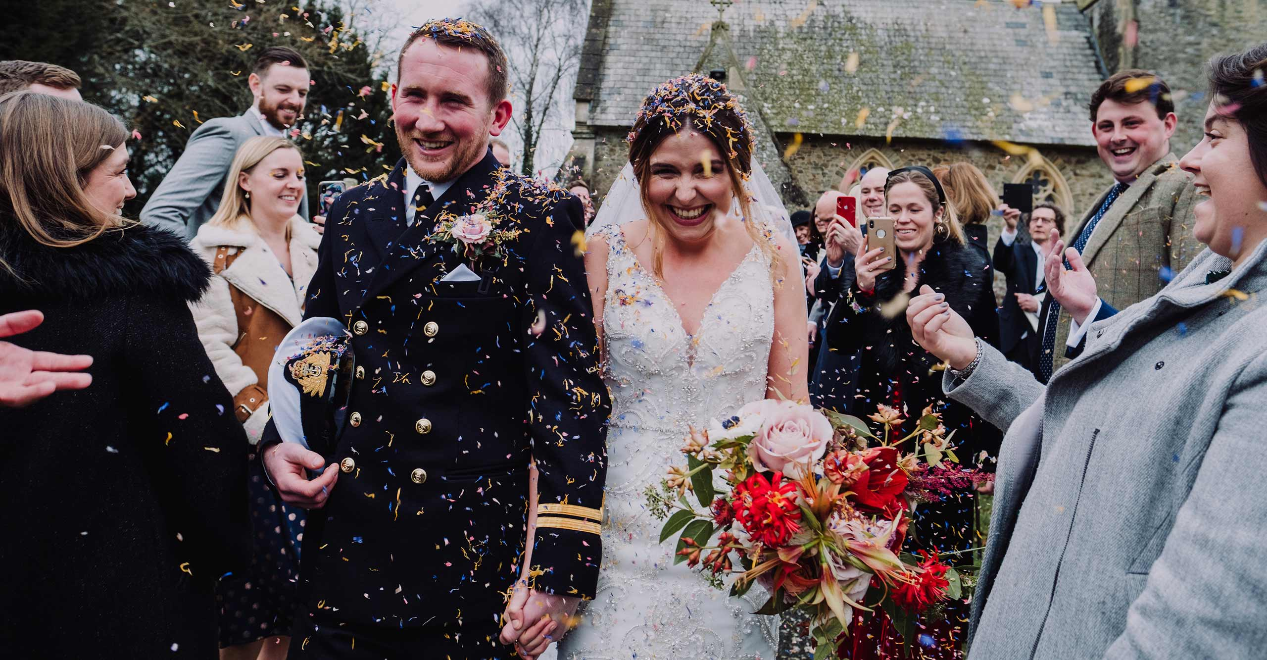 anran wedding, confetti shower, devon wedding photographer