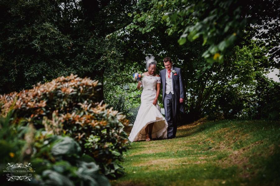 Cadhay Manor House Wedding Photographer Michelle Amp John