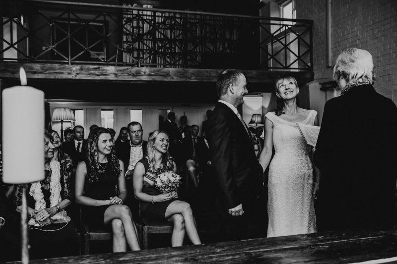 Loyton lodge wedding photography in Devon, devon wedding photographer
