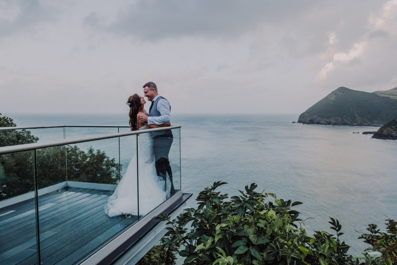 Sandy cove wedding photography, bride and groom